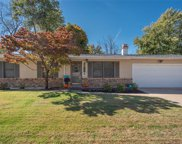 3425 Wilshire  Drive, St Charles image