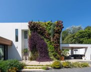 1060 WOODLAND Drive, Beverly Hills image