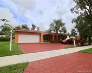 13957 Lake Lure Ct, Miami Lakes image