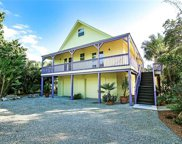 724 Rabbit RD, Sanibel image