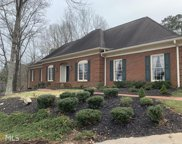 1040 Finnsbury Dr, Roswell image