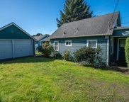 1716 14th St Ne, Lincoln City image