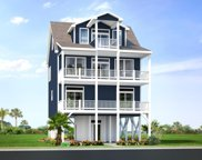 525 Ocean Drive, North Topsail Beach image
