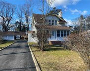 30 Brentwood  Pkwy, Brentwood image