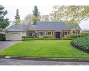700 FAIR OAKS  DR, Eugene image