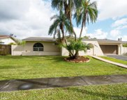 1621 Nw 122nd Ave, Pembroke Pines image