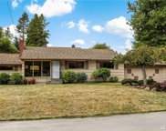 16023 32nd Ave NE, Lake Forest Park image