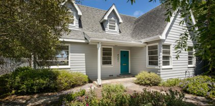838 Bayview Ave, Pacific Grove