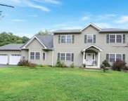 75 Stag Hill Road, Mahwah image
