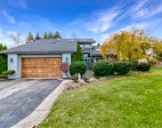 2 Westwind Court, Hawthorn Woods image