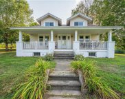 2150 Blue Barn, South Whitehall Township image