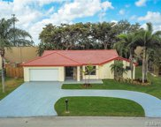 6651 Wedgewood Ave, Davie image