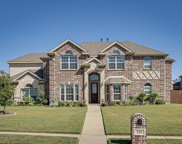 725 Lakewood Drive, Kennedale image