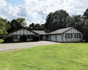 1602  Lakeview Drive, Pineville image