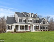 10111 SYCAMORE HOLLOW LANE, Germantown image