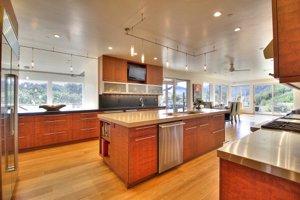 100 Via Milpitas Carmel Valley Kitchen