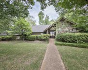 2220 Hickory Crest, Memphis image
