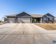 2029 S Abbeystone Ct, Sioux Falls image