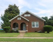 206 Bond Ave, Greenwood image