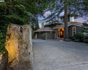 15845 OSWEGO SHORE  CT, Lake Oswego image