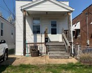 2209 Edwards, St Louis image