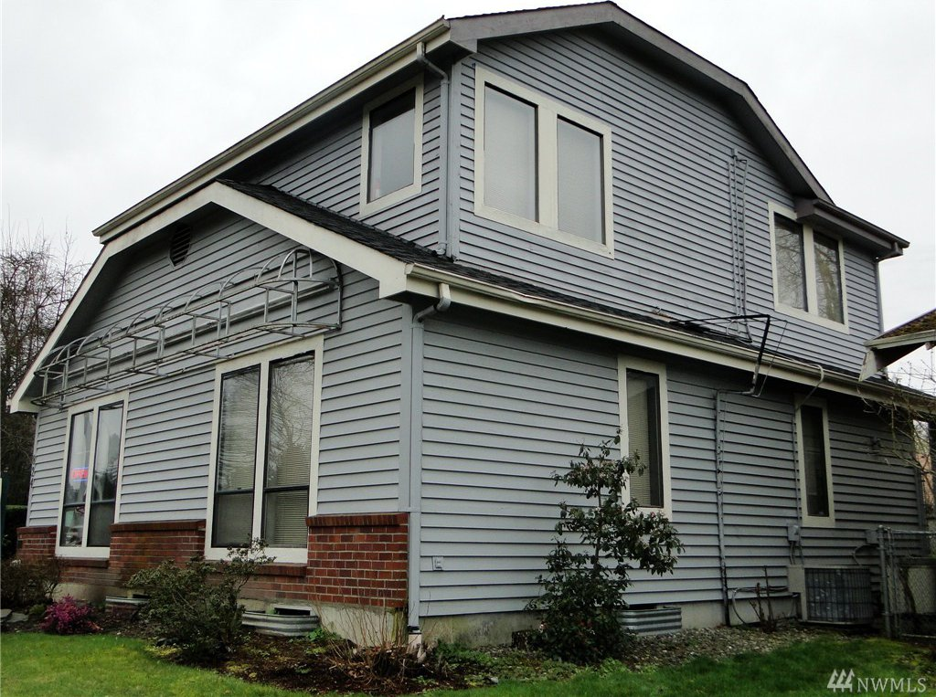 Owner Of Property At  T St Auburn Wa
