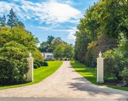 84 Feeks  Lane, Locust Valley image