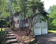 584 Mountain  Road, New City image