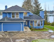 4725 NE Eagle Harbor Dr, Bainbridge Island image