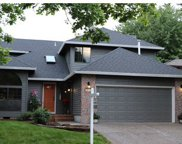 10729 SW RIVER  DR, Tigard image