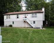 902 Country Place Dr, Tobyhanna image