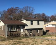 2710 Chantilly Place, Greensboro image