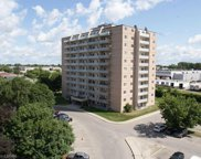 583 Mornington  Avenue Unit 911, London image