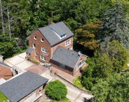 22 Red Brook  Road, Great Neck image