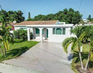 729 Sw 7th Ter, Hallandale Beach image