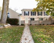 1202 KINGS COVE, Rochester Hills image
