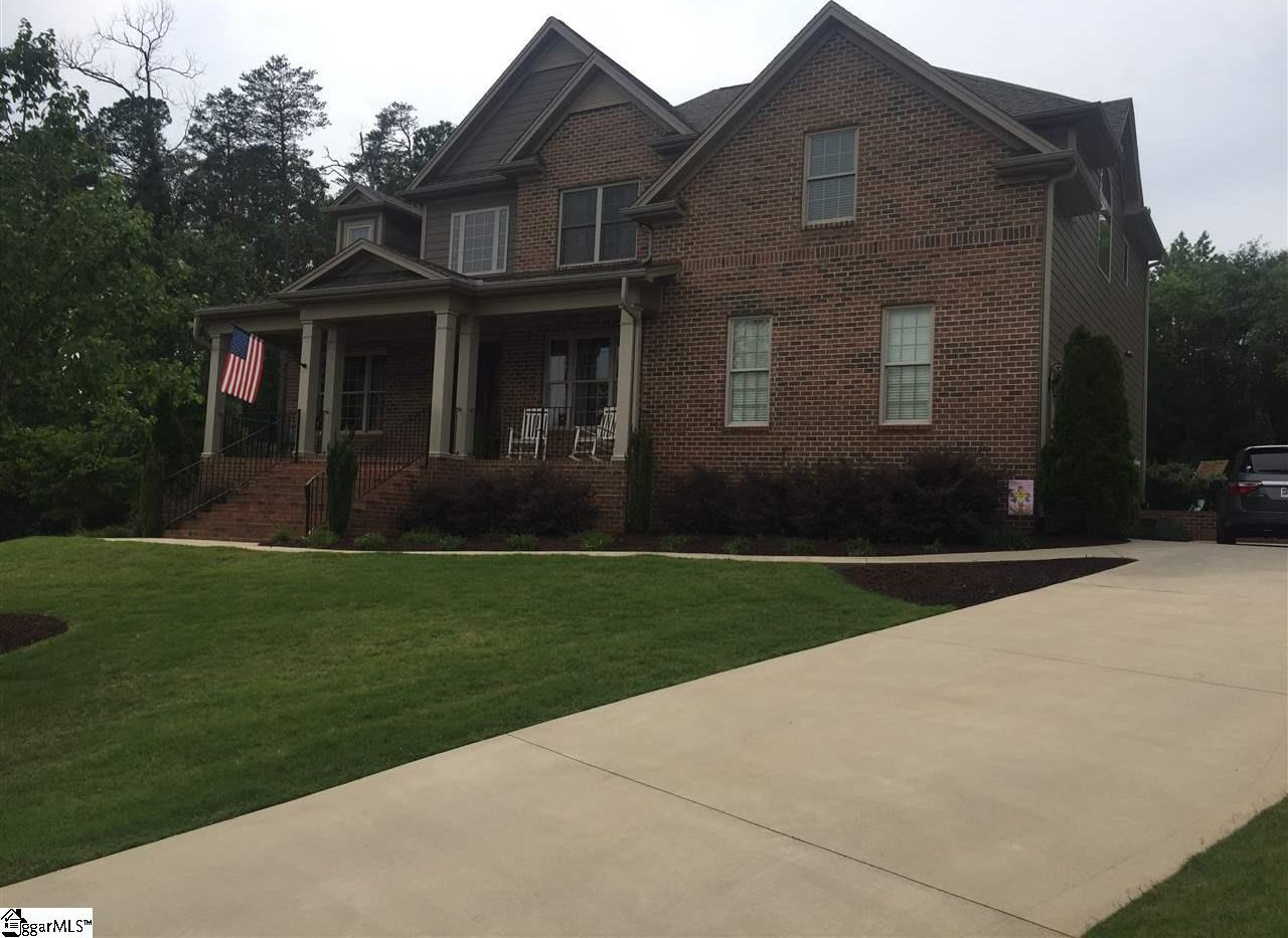 216 pleasantwater court taylors 29687 1345191 for Riverbend estate