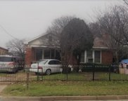 915 S Beckley Avenue, Dallas image