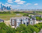 381 E Greenbriar Unit 101, Dallas image