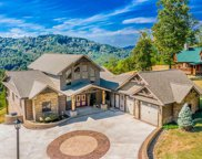 2714 Red Sky Dr, Sevierville image