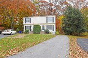 24 Riverwoods CT, East Providence image