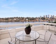 9232 SE Shoreland Place, Bellevue image