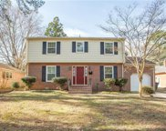8 Cale Circle, Newport News Midtown West image