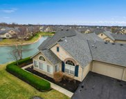 6681 Lakeview Circle, Canal Winchester image