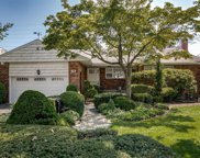 969 South End, Woodmere image