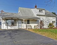 4 N North Park Drive, Levittown image