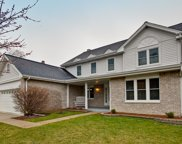 312 Sheffield Lane, Vernon Hills image