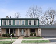 1204 Highland Lane, Glenview image