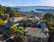 11 Place Moulin, Tiburon image