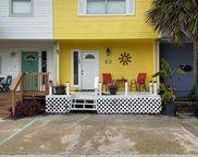 17 Gulf Breeze Court, Destin image